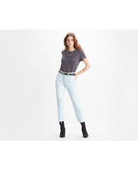 W 501 Crop Shout Out Jeans...
